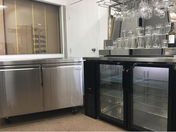 Undercounter Work Table Freezer, Cooler, Back Bar, Beer Fridge