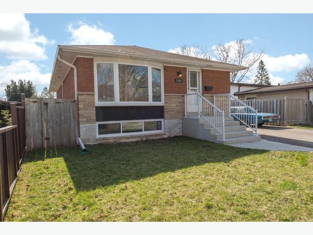 **SOLD** 5384 Windermere Drive Burlington MLS Real Estate Listing