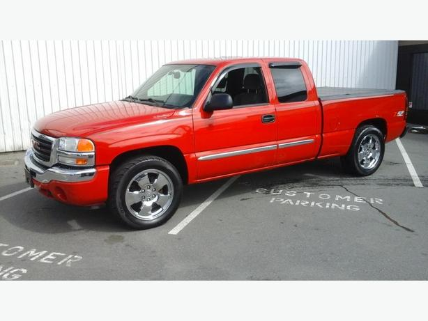 new price 2005 gmc sierra 1500 2wd long box extended cab 4 door victoria city victoria. Black Bedroom Furniture Sets. Home Design Ideas