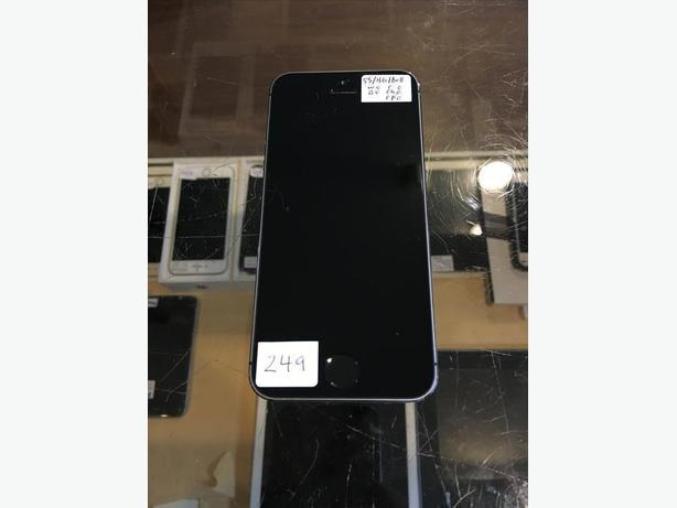 LOCKED Bell/Virgin iPhone 5S 16 GB Space Gray , or Silver w/ Warranty!