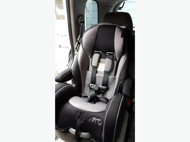 alpha omega elite 65 deluxe 3 in 1 car seat reduced only time duncan cowichan. Black Bedroom Furniture Sets. Home Design Ideas