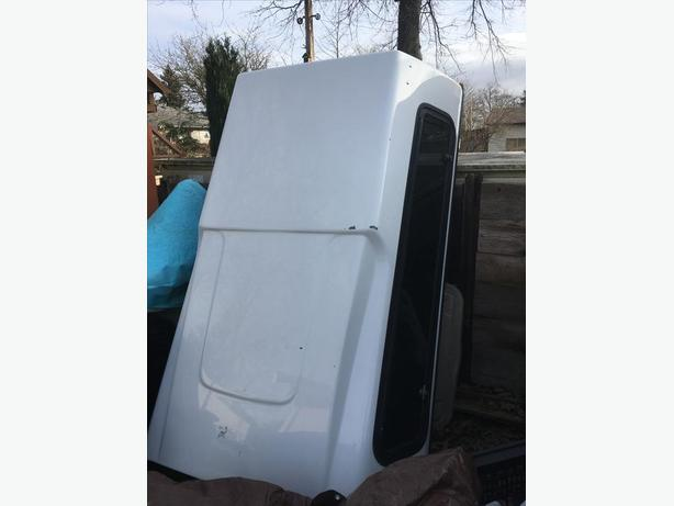 Canopy for long box Chevy S10 or Gmc Sonoma & Canopy for long box Chevy S10 or Gmc Sonoma Central Nanaimo Nanaimo