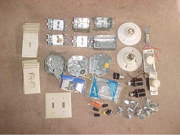 ASSORTMENT OF ELECTRICAL WIRING GEAR