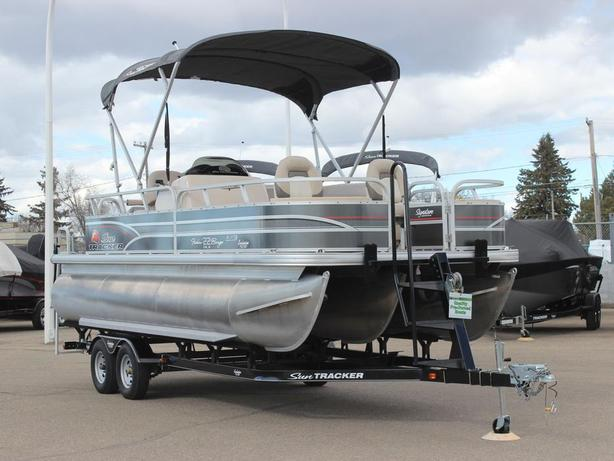 2015 Suntracker Fishin' Barge 22 XP3 w/115hp 4stroke