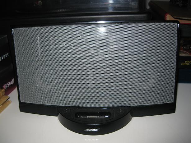 bose sounddock digital music system ipod iphone speaker orleans ottawa. Black Bedroom Furniture Sets. Home Design Ideas