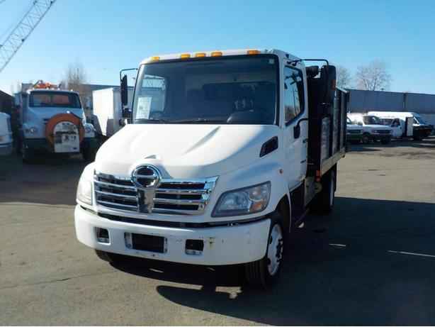 2007 Hino 165 Diesel Dually with Hydraulic Dump Box
