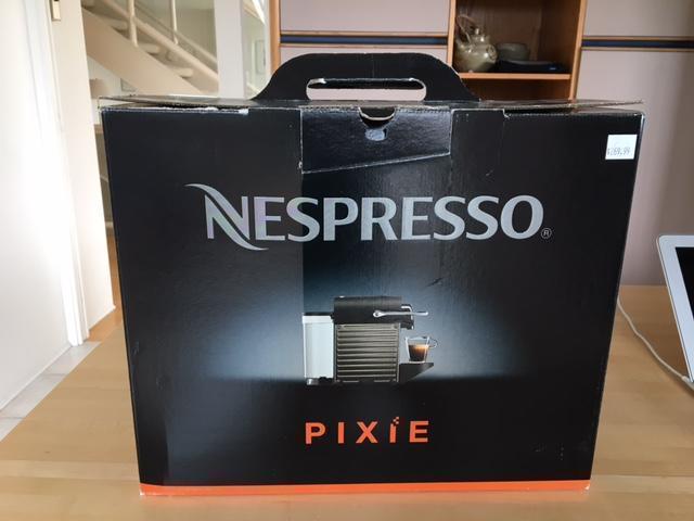 NESPRESSO PIXIE COFFEE MAKER Saanich, Victoria -> Nespresso Ottawa