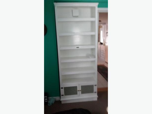 Sturdy 7 shelves book cabinet & great Big TV Console