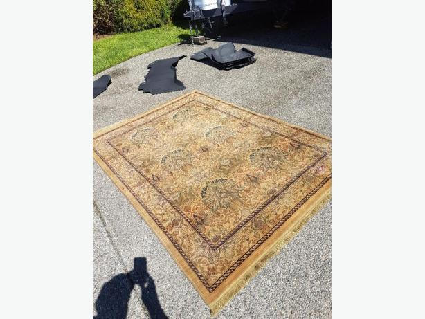 FREE: persian carpet