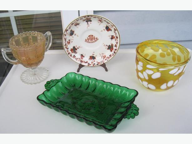 ANTIQUE COLLECTIBLE PIECES