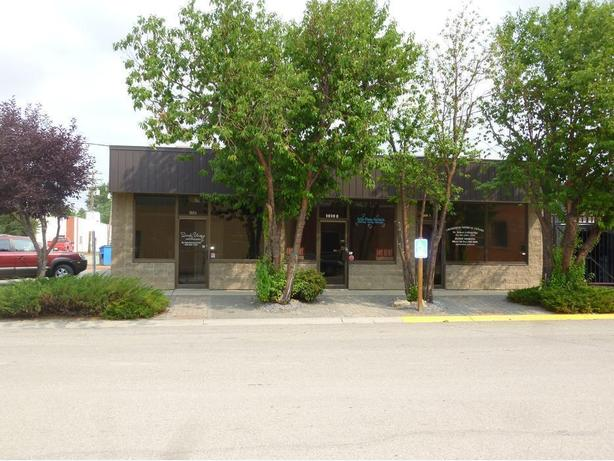 COMMERCIAL / OFFICE SPACE FOR RENT IN CROSSFIELD AB