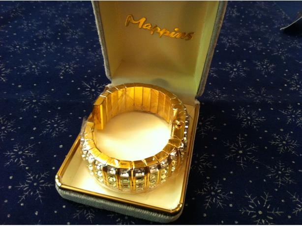 Bracelet-Watch [ IVANA Couture ]