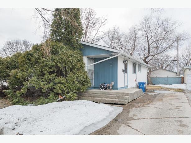 Spacious Four Bedroom Bungalow in East Transcona
