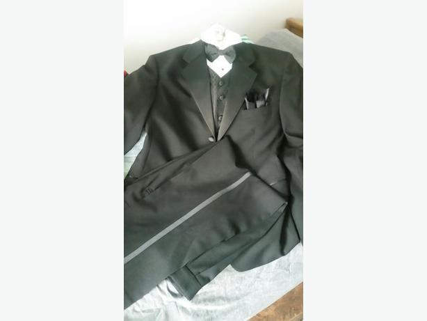 2 Men's Tuxedo's