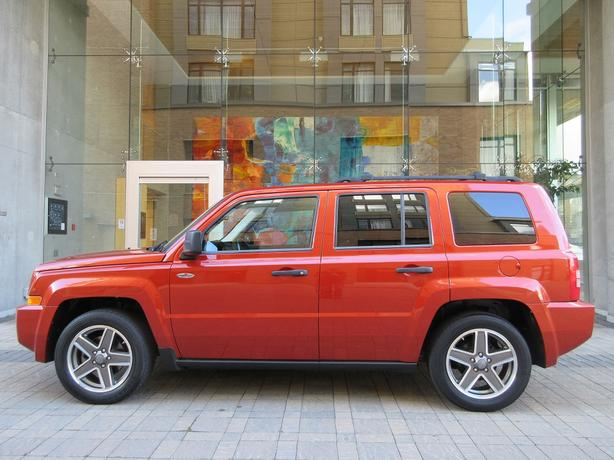 2009 Jeep Patriot North Edition 4x4 - LOCAL VEHICLE! - NO ACCIDENTS!