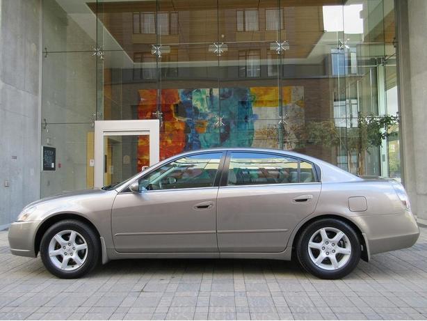2005 Nissan Altima S 2.5L - LOCAL VEHICLE!
