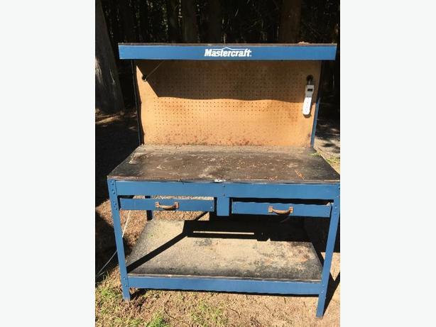 FREE: mastercraft workbench