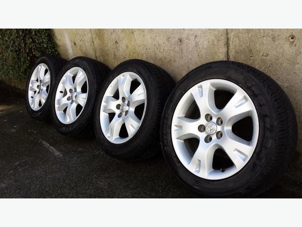 Toyota Matrix OEM wheels and new tires
