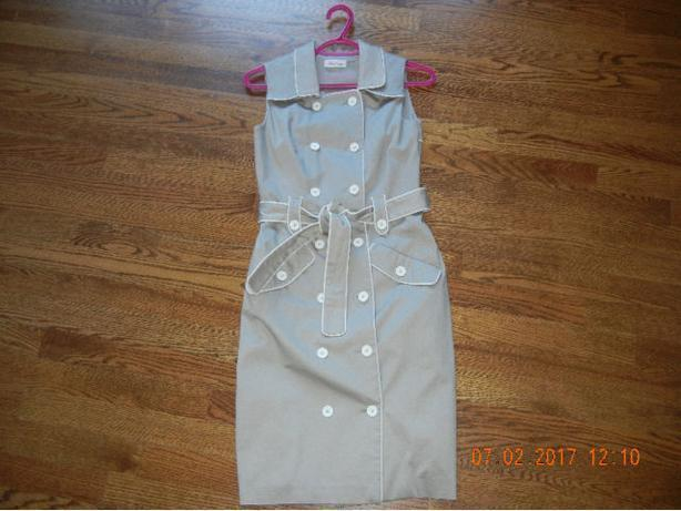 LADIES Calvin Klein DRESS SIZE 2 BEIGE DRESS