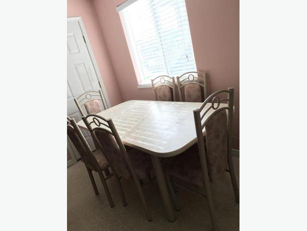 Dining table (moving sale)