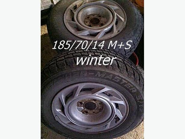 2 TIRES WITH RIMS 185/70R14 M+S snow