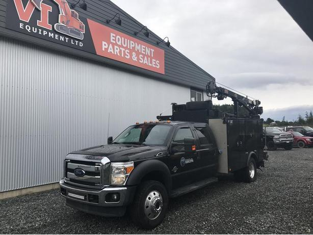 Ford F550 4X4 Crew Cab Diesel Shop Truck