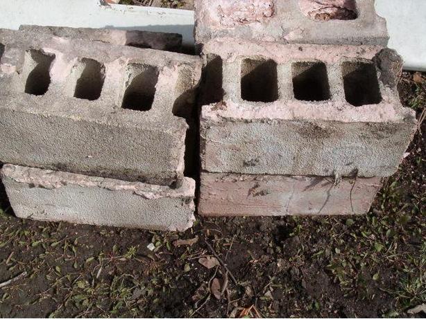 building block  concrete , 24 blocks
