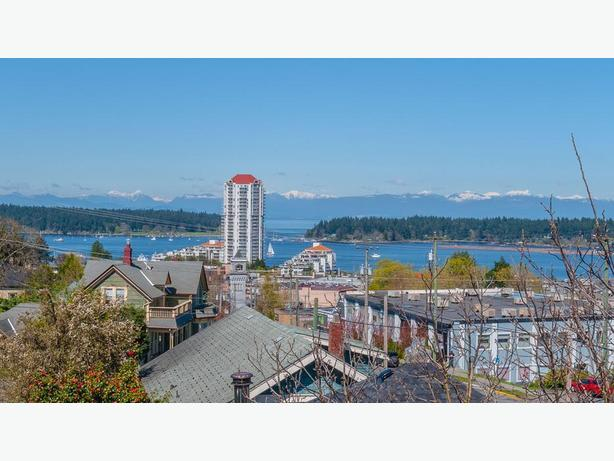 Spectacular Ocean View Penthouse  Nanaimo,BC