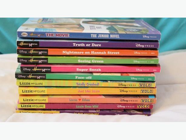 11 BOOKS-6 HANNAH MONTANA/ 5 LIZZIE MCGUIRE BOOKS