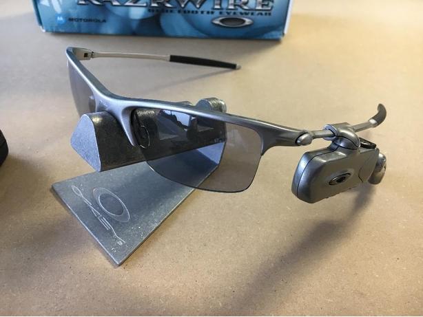 OBO - Oakley Razrwire Bluetooth Eyewear