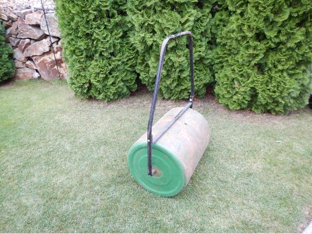 Lawn Leveling Roller
