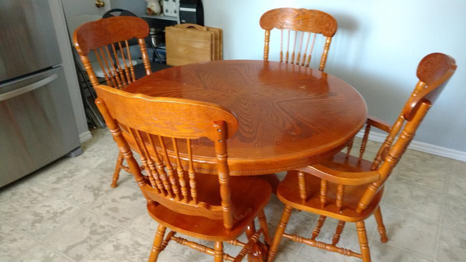 Wood Dining Room Table And Chairs East Regina Regina