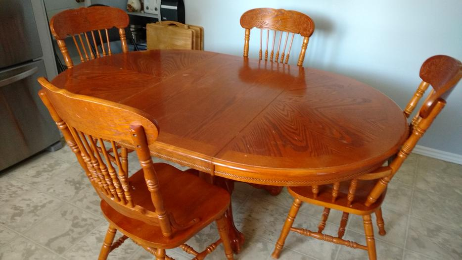 Wood dining room table and chairs east regina