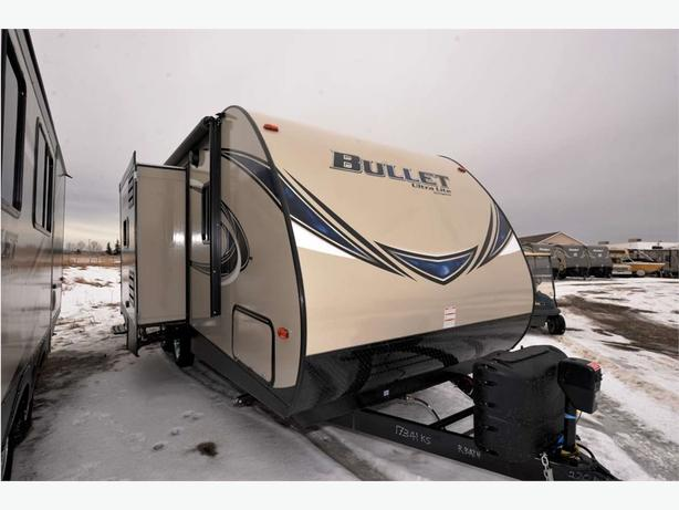 2017 KEYSTONE RV BULLET TT 220RBI