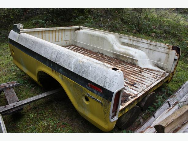 HARD TO FIND , 1973 – 1979 FORD F350 Super Camper Special Truck Box