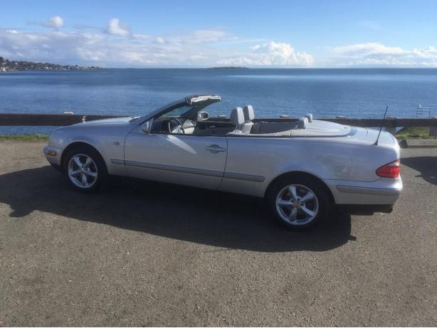 1999 mercedes-benz CLK320 convertible