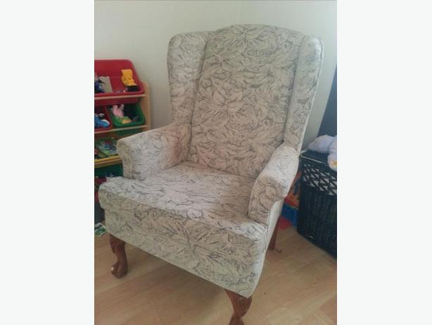 Beautiful Accent Chair Great Condition