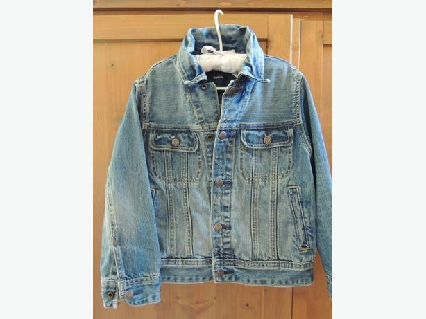 GAP children's size sm jean jacket