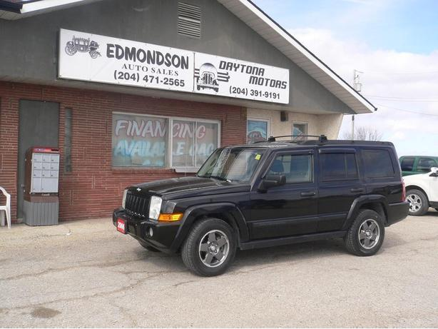 2006 Jeep Commander 4x4 with 3rd row seating