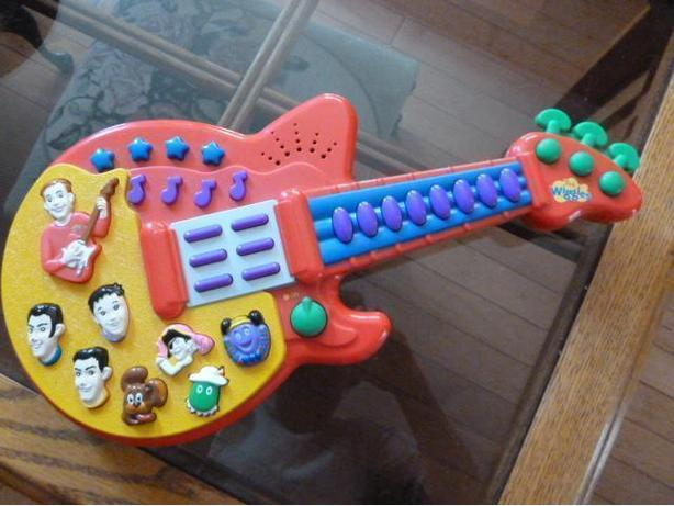 Log In Needed 20 Tttalking Singing Guitar 16 The Wiggles Figure Toy 30 Push Buttons