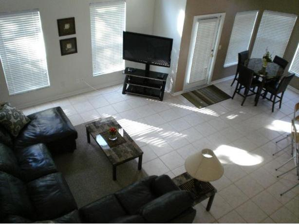 ** ORLANDO HOME FOR RENT ' CLOSE TO ALL ATTRACTIONS **