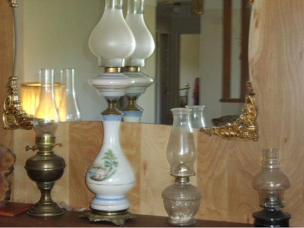 Beautiful and Functional Old Oil Lamps