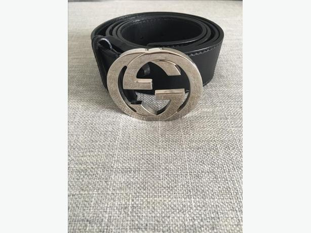Gucci - Leather belt with interlocking G