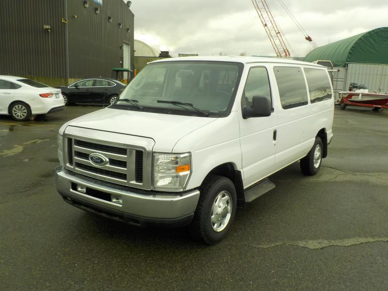 2014 ford econoline e 350 xlt super duty 12 passenger van outside calgary area calgary mobile. Black Bedroom Furniture Sets. Home Design Ideas