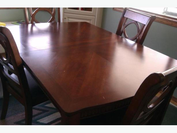 Beautiful Dining Room Table And Chairs For Sale