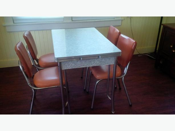 Retro Kitchen Table And Chairs Toronto