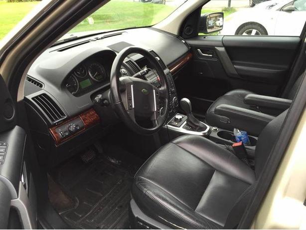 2008 Land Rover LR2 SE SUV, Crossover