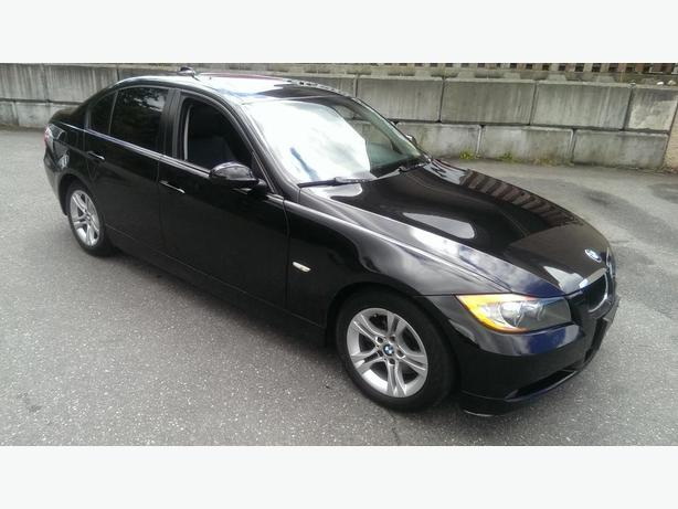2008 Bmw 328 sedan auto, sunroof, black on black Low Kms!!
