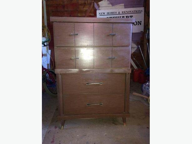 70's retro dresser