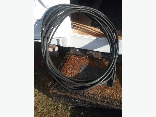Electric Wire, 12/3 cab tire rubber coated,